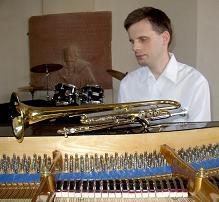 Bild: Oliver Möckel am Klavier